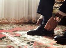 Man mode, tillbehör för man` s, affärsmankläderskor, Politi Royaltyfria Foton