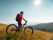 Man with mountain bike Royalty Free Stock Photography