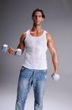 man mucsular workout Στοκ φωτογραφία με δικαίωμα ελεύθερης χρήσης