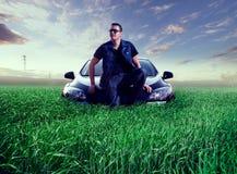 Man- och bilbegrepp Royaltyfri Foto