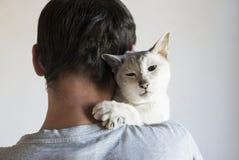 Man och hans katt Arkivbilder