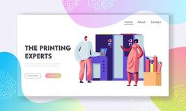 Man- och kvinnaarbete, i utskrift av huset eller av annonsbyrån som pratar nära typografiutrustning Formgivare Produce Press Mate stock illustrationer