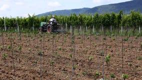 Man på en traktor Royaltyfria Foton