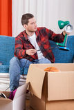 Man packing things Royalty Free Stock Photography