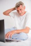 man pensionären Arkivbild