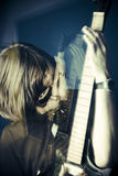 Man playing electric guitar Royalty Free Stock Photography