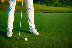 Man playing game of golf Royalty Free Stock Photography