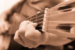 Man playing guitar Royalty Free Stock Photos