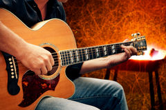 Man playing guitar Royalty Free Stock Images