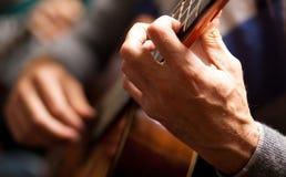 Man playing guitar Royalty Free Stock Images