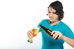 Man pouring beer Royalty Free Stock Photography