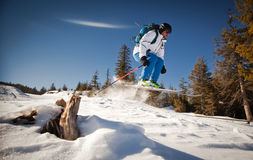 Man practicing extreme ski Royalty Free Stock Photos