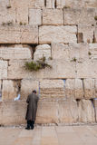 Man praying at Western Wall, Jerusalem, Israel Stock Photography