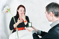 Man propose marriage to woman Royalty Free Stock Photo