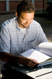 Man reading Royalty Free Stock Image