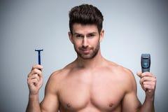 Man shaving Royalty Free Stock Photos