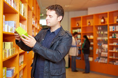 Man shopping in pharmacy Royalty Free Stock Photos