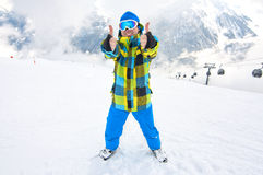 Man showing thumbs up on ski slope Royalty Free Stock Photos