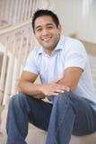 man sitting smiling staircase Στοκ εικόνες με δικαίωμα ελεύθερης χρήσης