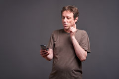 Man with a smartphone Royalty Free Stock Photography