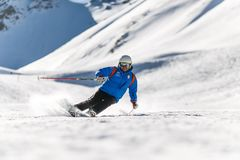 Man Snow Skiing on Bed of Snow during Winter Royalty Free Stock Photos