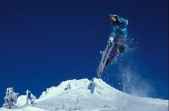 Man Snowboarding during Daytime Royalty Free Stock Images