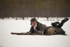 Man som agerar den finlandssvenska soldaten för WWII Fotografering för Bildbyråer