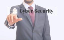 Man som pekar på cybersäkerhet Arkivbilder