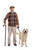 Man som poserar med hans hund Royaltyfri Fotografi