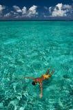 Man som snorkeling Fotografering för Bildbyråer