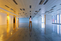Man stand in empty floor Stock Photography