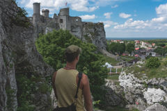 Man standing on the limestone  cliff Royalty Free Stock Photos
