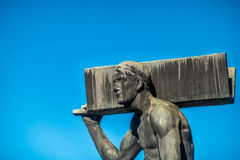 Man with steel beam Royalty Free Stock Photos