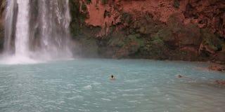 Man Beneath Havasu Falls Royalty Free Stock Images