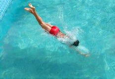 Man swimming in pool Stock Photos