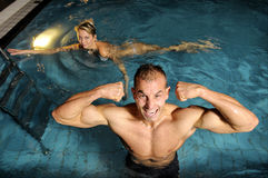 The man in swimming pool Stock Photography