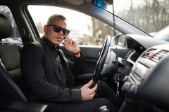 Man talking on  phone while driving Royalty Free Stock Photography