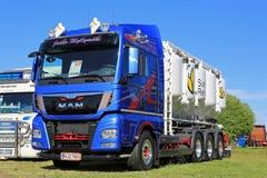 MAN TGX 35 Lastbil 480 för transport i stora partier Arkivfoton
