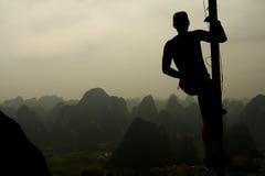 Man on the top of mountain Royalty Free Stock Photos