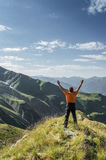 Man on top of the mountain Royalty Free Stock Images