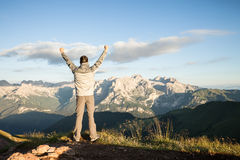 Man on the top of the mountains Royalty Free Stock Photos
