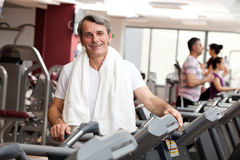 Man training in the gym Royalty Free Stock Photography