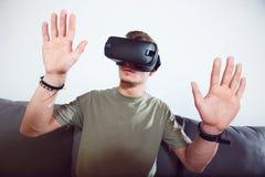 Man Use VR Set Royalty Free Stock Photos