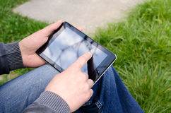 Man  using tablet pc Royalty Free Stock Photo