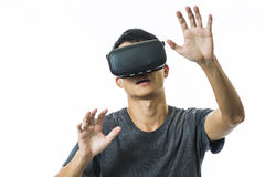 Man using the virtual reality headset Royalty Free Stock Photos