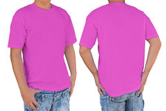 Man wearing blank  soft magenta t-shirt with clipping path, fron Royalty Free Stock Image