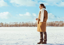 Man in winter snow Royalty Free Stock Photos