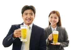 Man and woman drinking beer Royalty Free Stock Photos