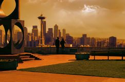 Man and Woman Looking at Space Needle Photo Stock Photos