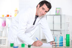 Man working in a laboratory. Royalty Free Stock Photography